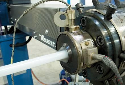 Производство многослойной трубы APE Multylayer